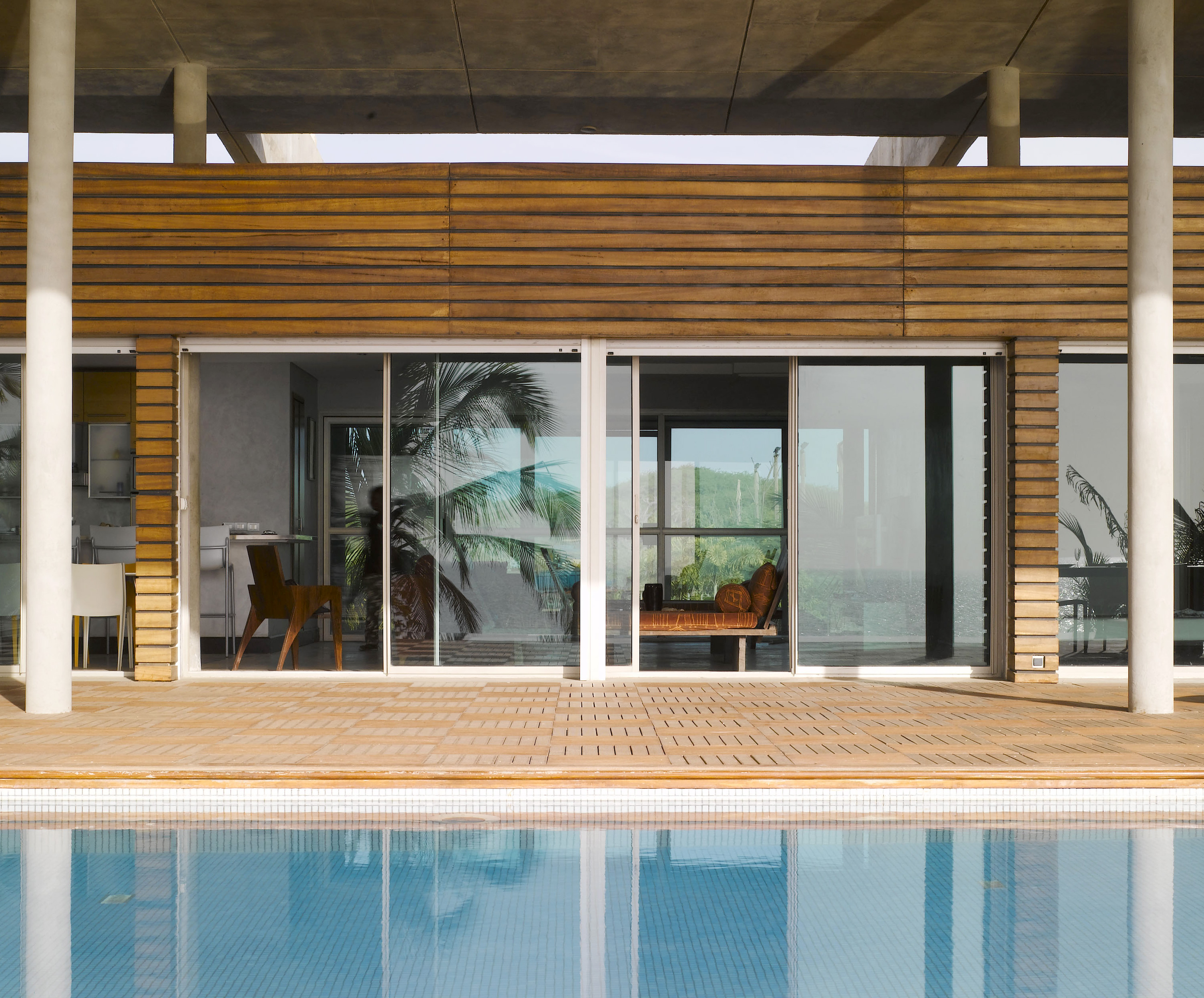 baie vitr e coulissante aluminium technal. Black Bedroom Furniture Sets. Home Design Ideas